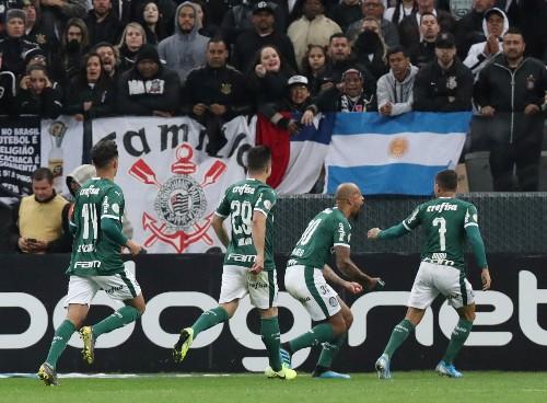 Palmeiras lose ground to Santos in Brazil