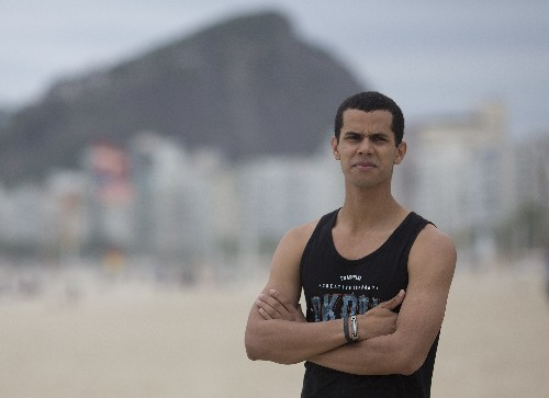 For many Brazilians, election is picking 'lesser of evils'