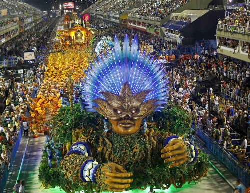 Rio's Carnival Parade: In Pictures