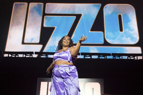 Lizzo talks diversity, self-confidence and femininity