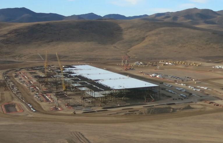 Tesla's gigafactory will make batteries in 2016 for Model S & X