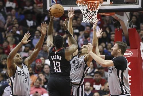 NBA roundup: Harden scores 61 as Rockets stop Spurs
