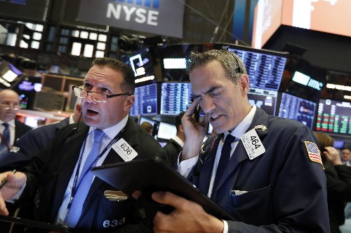 US stock indexes end mixed; S&P 500 notches 3rd weekly gain