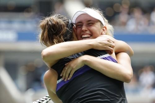 Tennis: Mertens and Sabalenka win first Grand Slam title at U.S. Open