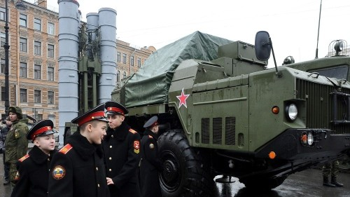 Russia to supply Iran with missile defence system