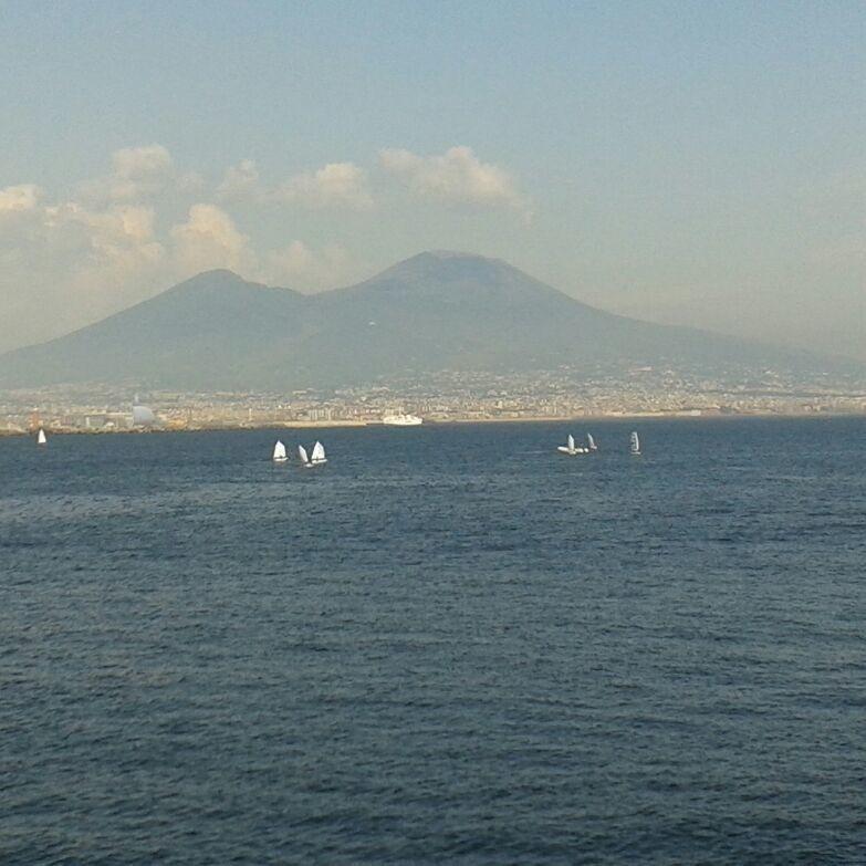 Golfo di Napoli..Vesuvio