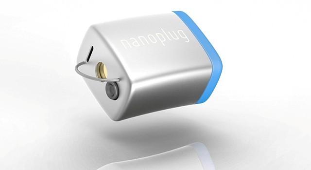 超小型の補聴器が誕生で、気兼ねなく使えるように