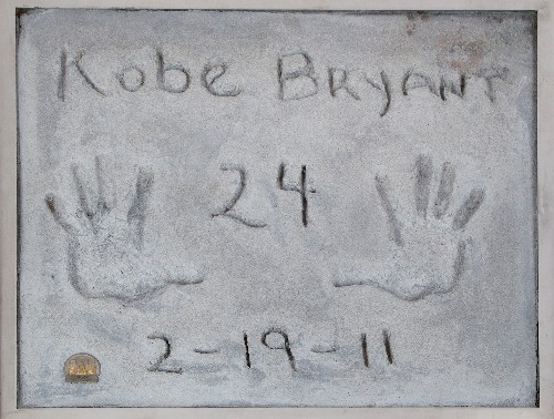 Kobe Bryant handprints among Beverly Hills auction items