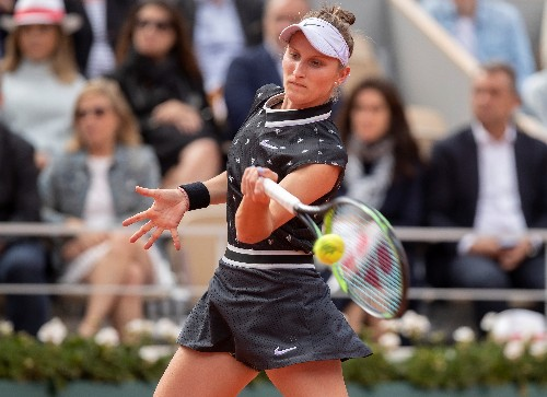 Vondrousova out of U.S. Open with wrist injury