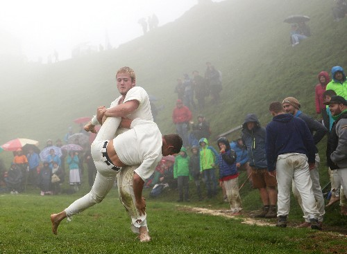 Trial of strength at 2,000 meters altitude: Celtic wrestling in Austria