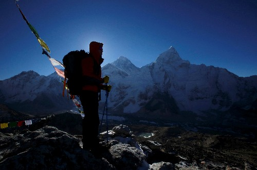 Three Indian climbers die on crowded slopes of Mount Everest