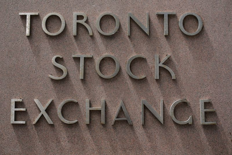 TSX gains on energy boost, positive China data