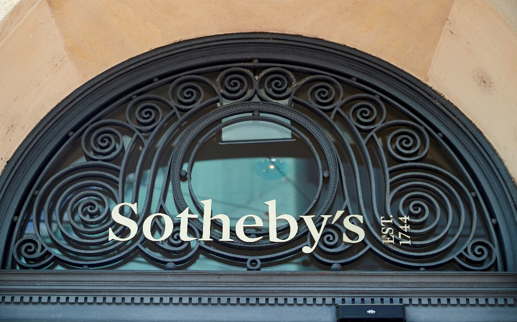Hedge fund manager Alexander Klabin to invest in auction house Sotheby's