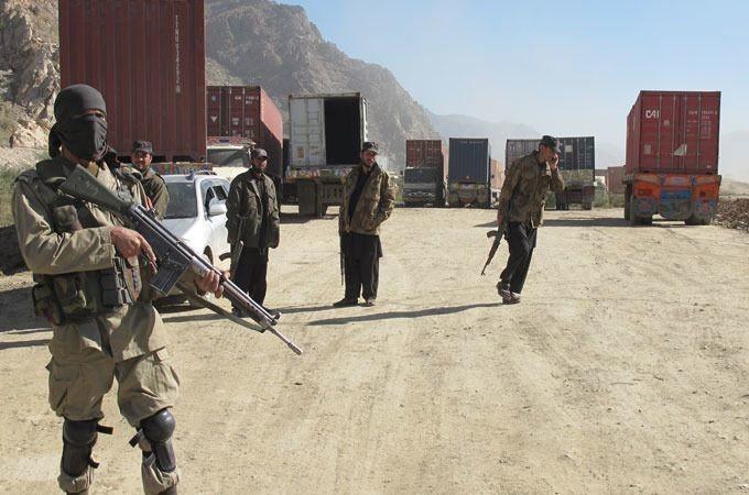 Pakistan army 'kills dozens of Taliban'