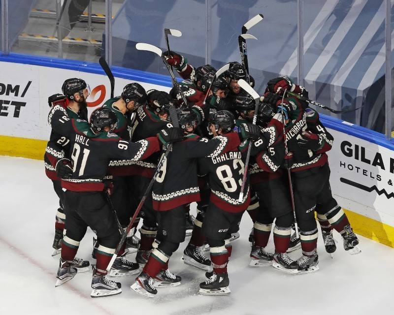 Coyotes knock out Predators, in overtime