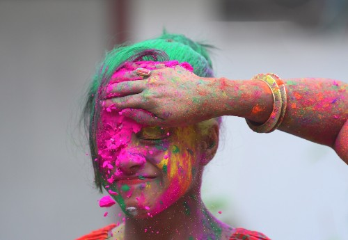Hindu Festival of Holi in Pictures