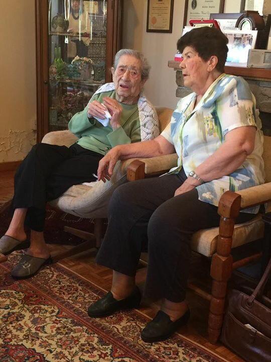 Kıbrıslı en eski iki savaş hemşiresi Türkan Aziz ve Firdevs İslamoğlu
