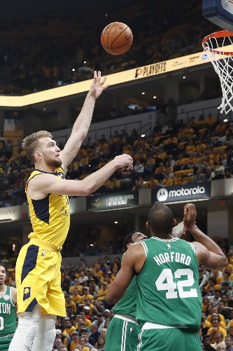 Celtics finish off first-round sweep of Pacers