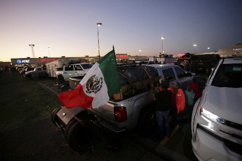 This caravan of migrants headed south to Mexico - for Christmas