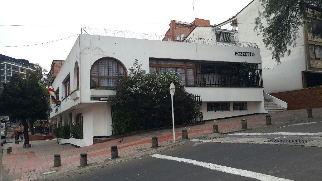 Hace 25 años, el 4 de diciembre de 1986, un hombre enloquecido sembró el terror dentro de un exclusivo restaurante de Bogotá. Campo Elías Delgado, excombatiente de Vietnam , mató a 29 personas y luego se suicidó. Entre las víctimas estaba su propia madre, a quien asesinó de un balazo en la cabeza y luego la incineró.