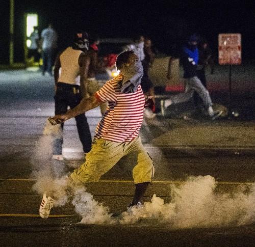 Violent Sunday Night in Ferguson
