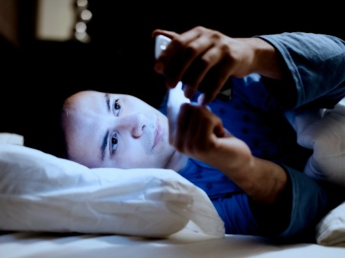 We asked a sleep scientist if the iPhone's new Night Shift feature will actually help you sleep, and his answer surprised us