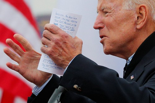 El exvicepresidente de Obama, Joe Biden, se presenta como precandidato a la Casa Blanca