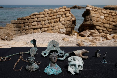 Divers find ancient Roman cargo from 1,600-year-old shipwreck in Israel
