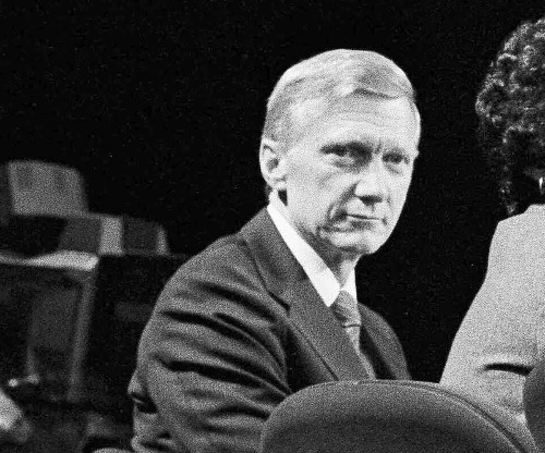 Former newspaperman Robert S. Boyd dies at age 91