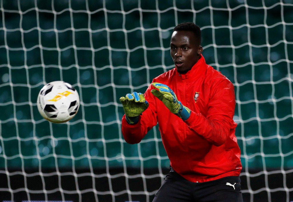 Lampard confirms Rennes goalkeeper Mendy undergoing medical at Chelsea