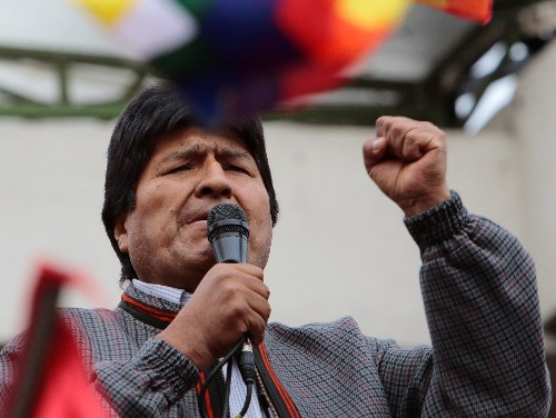 Bolivia's Morales a dictator? Apple's Siri says so (in Spanish)