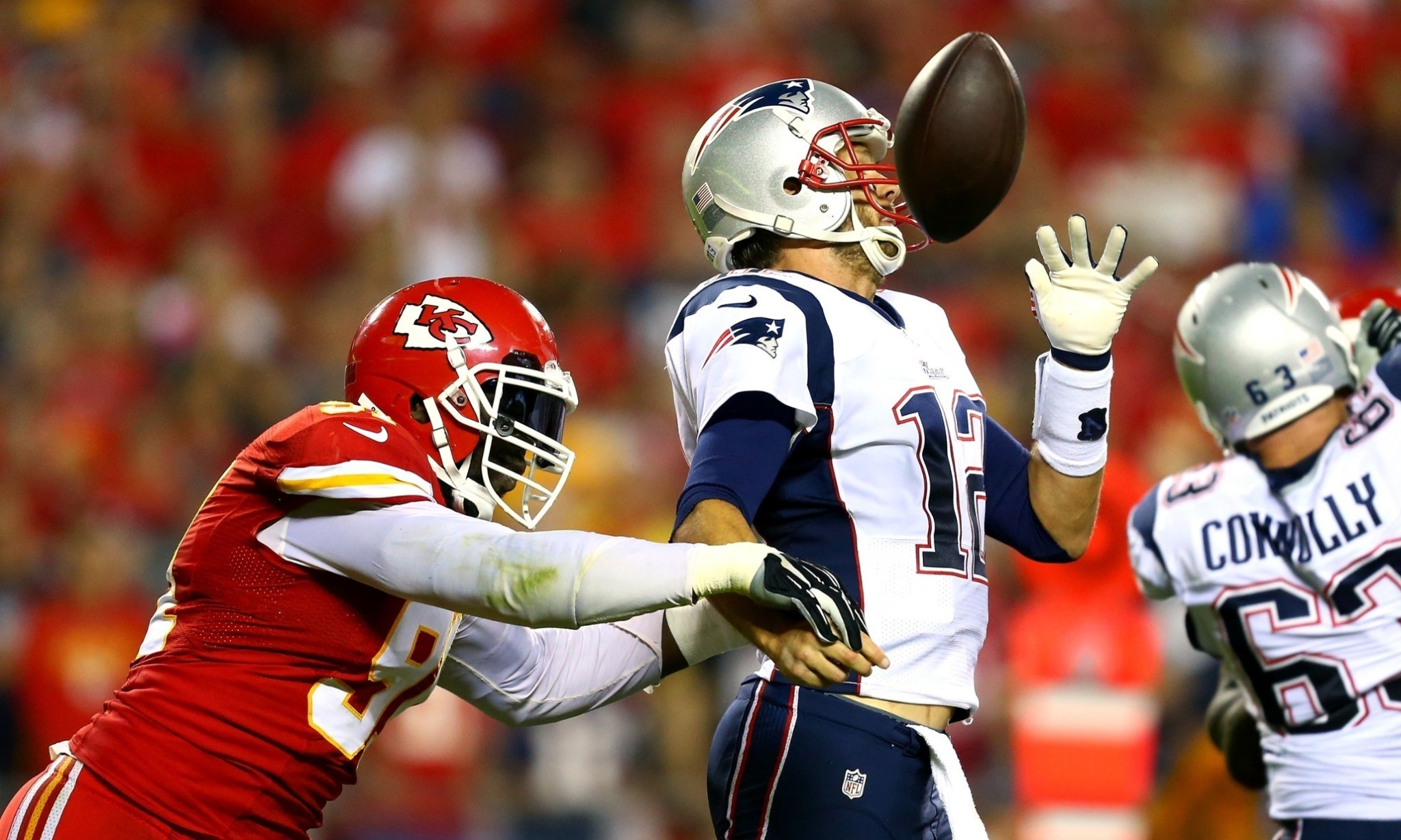 Patriots' humbling by the Chiefs raises the question: is Tom Brady finished?
