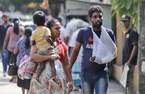 Sri Lankan doctors strike over salary 'injustice'