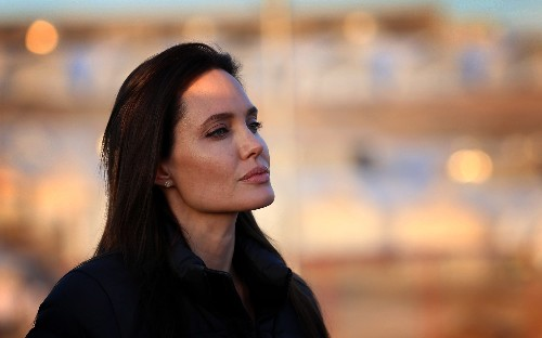 The Week in Review: Jolie's Choice Sparks Health Conversation