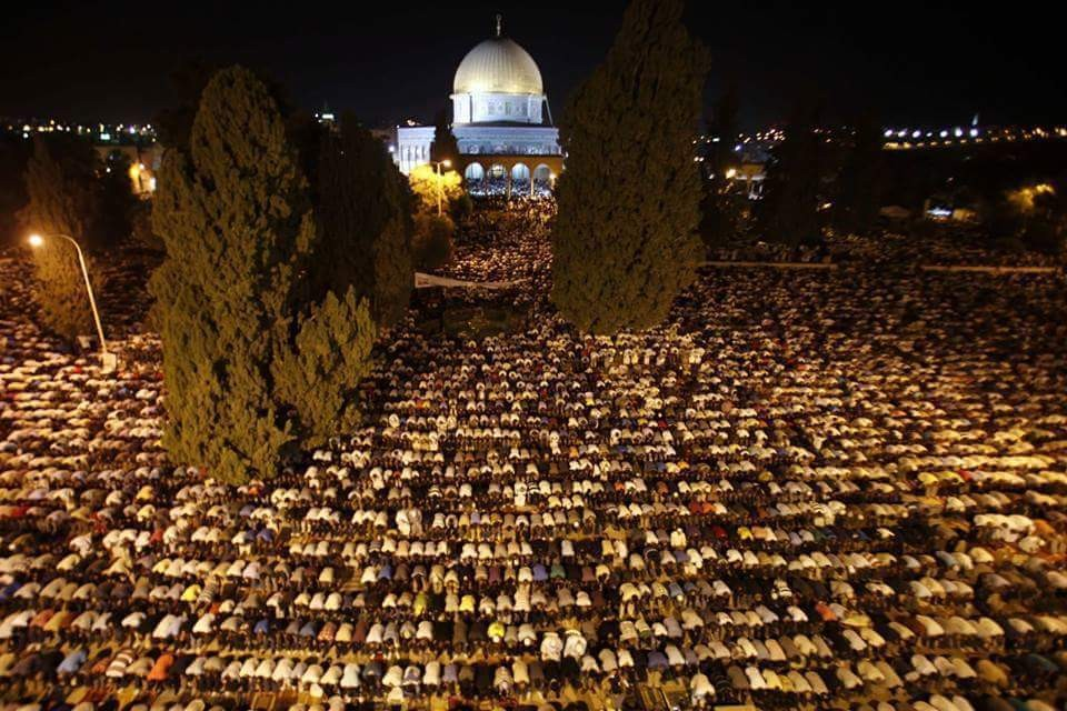 ليلة القدر من المسجد الأقصى