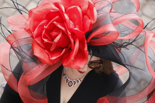 Country House Wins Disputed Derby, But the Hats Stole the Show: Pictures