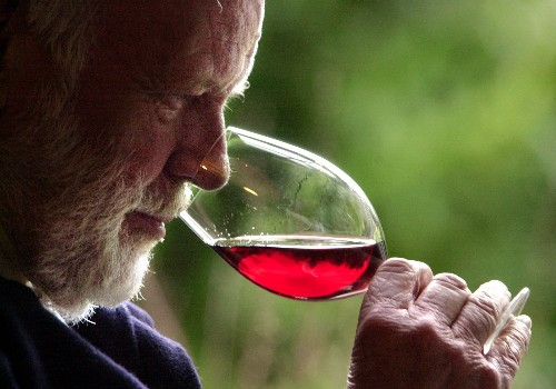 California winery and Oregon feud over pinot labeling rights