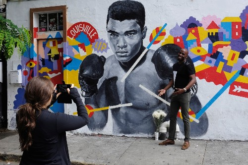 Tributes to Muhammad Ali in Pictures