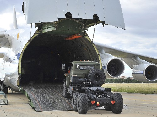 For 3rd day, Russia delivers S-400 system parts to Turkey