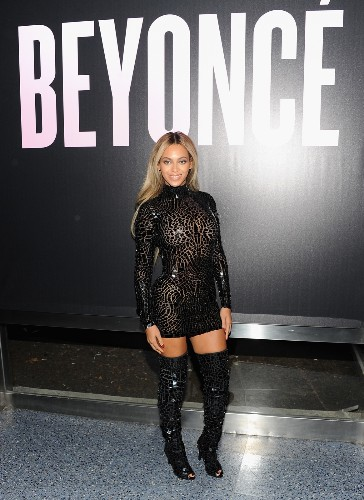 Hottest Celebrity Photos 12.23.13