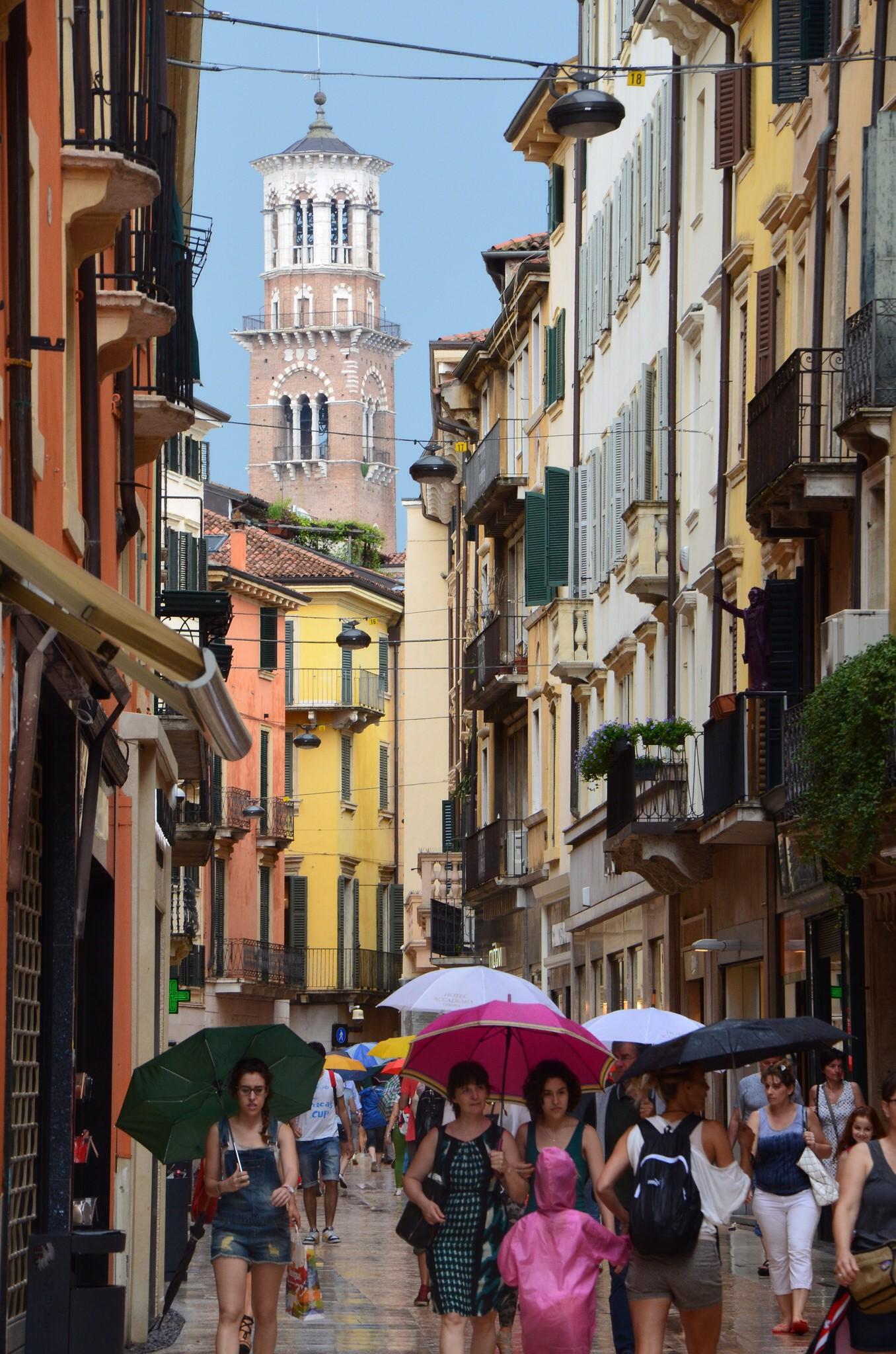 Verona, Via Mazzini
