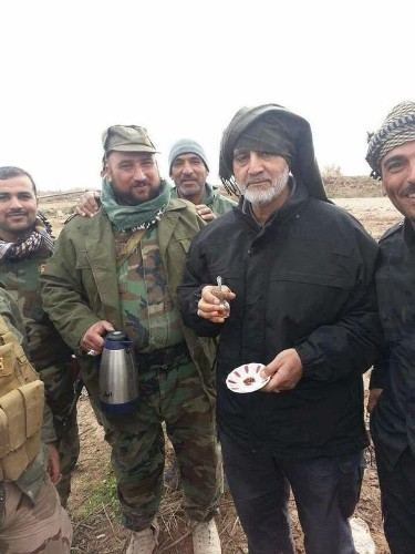 Here are photos of Iran's military mastermind drinking tea on the front lines of the war against ISIS