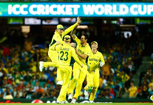 Australia Defeats India to Advance to Cricket World Cup Final