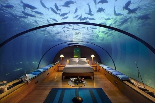 9 Underwater Hotel Rooms with the Most Spectacular Views of the Ocean