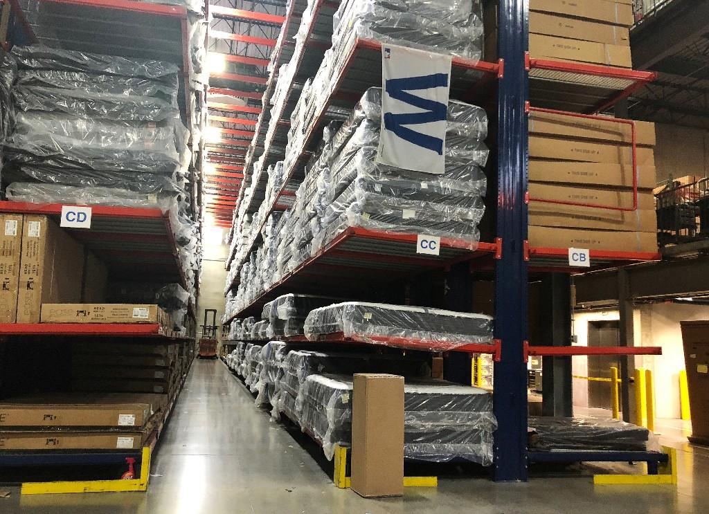 U.S. business inventories decline further in June