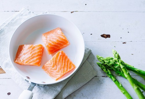The Best and Worst Foods to Eat Before a Date
