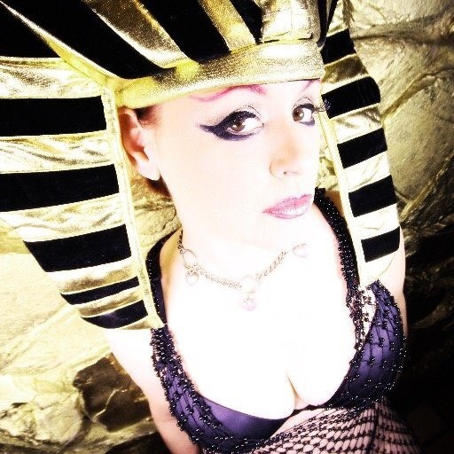 Madame Jade Paris - Erotic Hypnosis - Magazine cover