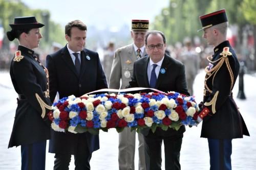 Hollande et Macron président ensemble les cérémonies du 8-Mai