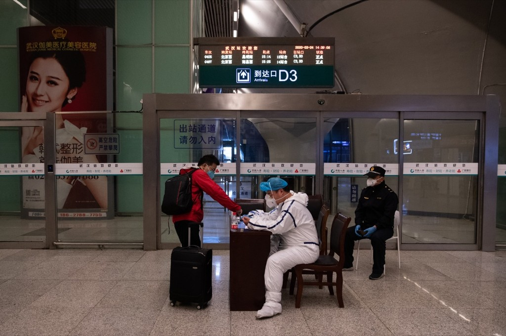 China Slowly Returning to Normal: Pictures