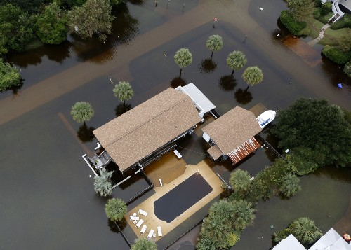 Floodwaters in South Carolina: Pictures